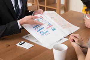 Web集客コンサルタントは顧客の業界の実績が必要か?